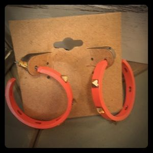 Jewelry - Bright tangerine and gold square stud hoop